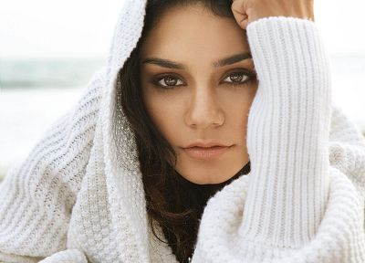 brunettes, women, actress, celebrity, Vanessa Hudgens - desktop wallpaper