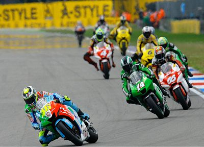 bikes, Moto GP, race tracks - random desktop wallpaper