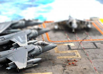 toys (children), tilt-shift, jet aircraft - random desktop wallpaper