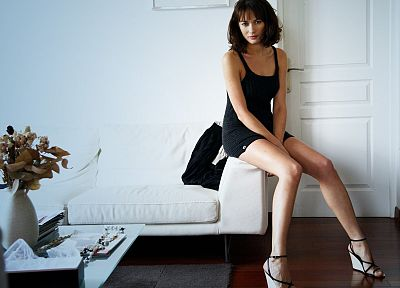 brunettes, women, Olga Kurylenko - random desktop wallpaper