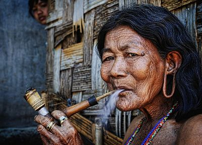 pipes, smoking pipe, portraits, Ly Hoang Long - related desktop wallpaper