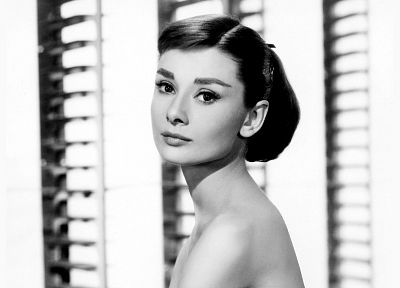 Audrey Hepburn, grayscale, monochrome, portraits - related desktop wallpaper
