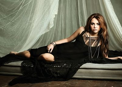 women, Miley Cyrus, celebrity, Hannah Montana - random desktop wallpaper
