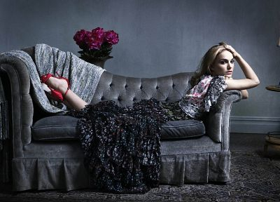 women, couch, actress, Natalie Portman - random desktop wallpaper
