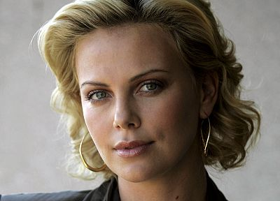 blondes, women, Charlize Theron - random desktop wallpaper