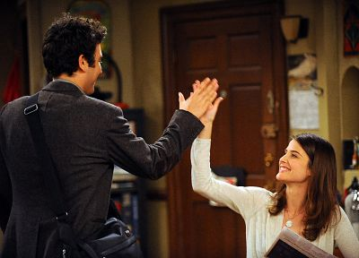 screenshots, Cobie Smulders, How I Met Your Mother, high five, Robin Scherbatsky, Josh Radnor, doors - random desktop wallpaper