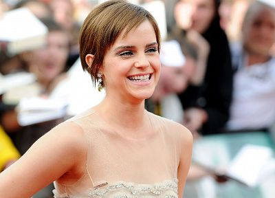 Emma Watson, film, Harry Potter and the Deathly Hallows, red carpet - related desktop wallpaper