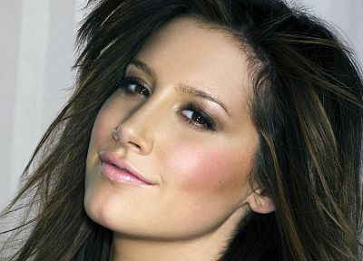 brunettes, women, actress, celebrity, Ashley Tisdale, singers, portraits - related desktop wallpaper