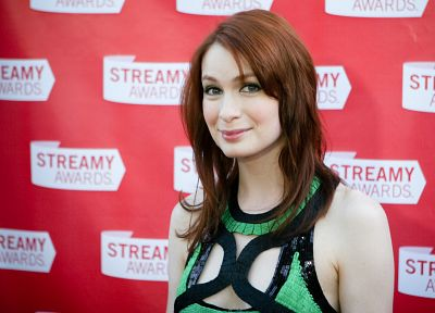 Felicia Day - random desktop wallpaper