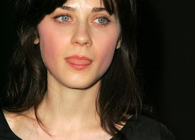 Zooey Deschanel - random desktop wallpaper