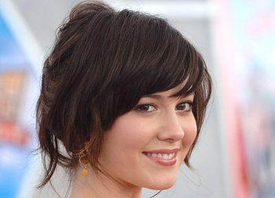 brunettes, women, Mary Elizabeth Winstead, actress, celebrity, brown eyes, smiling, faces - desktop wallpaper