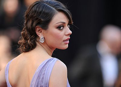 women, Mila Kunis, actress, earrings - random desktop wallpaper