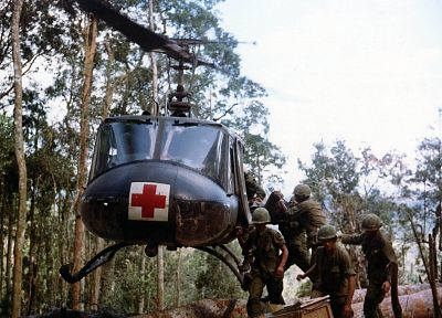 soldiers, aircraft, army, military, helicopters, Viet Nam, vehicles, hover, UH-1 Iroquois - related desktop wallpaper