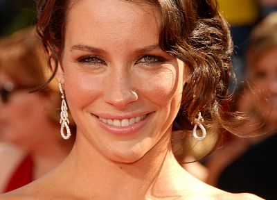 Evangeline Lilly - random desktop wallpaper