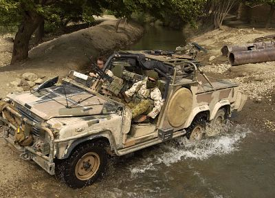 soldiers, army, Land Rover - random desktop wallpaper