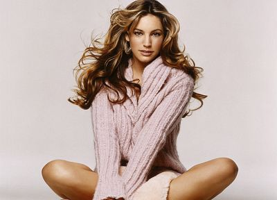 women, Kelly Brook, sweaters - random desktop wallpaper