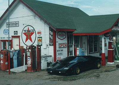 Lamborghini, gas station, Lamborghini Countach, Texaco - random desktop wallpaper