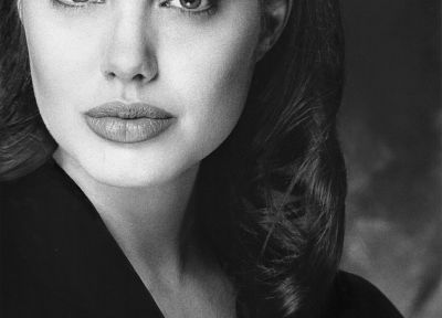 Angelina Jolie, grayscale, monochrome - random desktop wallpaper