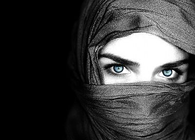 blue eyes, hooded - random desktop wallpaper