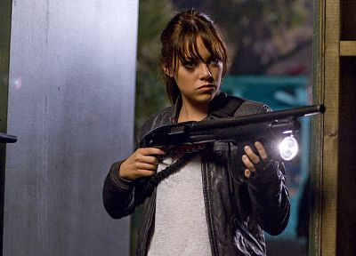 women, guns, actress, Emma Stone, Zombieland - random desktop wallpaper