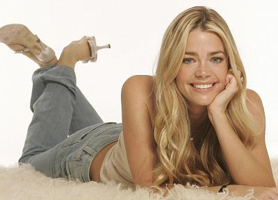 blondes, women, actress, Denise Richards, Nozomi Sasaki - random desktop wallpaper