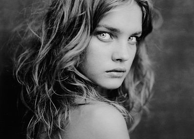 women, eyes, models, grayscale, monochrome, Natalia Vodianova - random desktop wallpaper