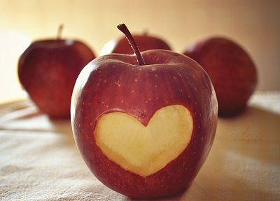 hearts, depth of field, apples - desktop wallpaper