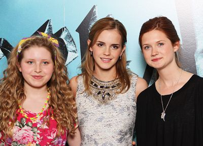 Emma Watson, Bonnie Wright - desktop wallpaper