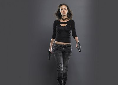 pistols, Summer Glau, models, Terminator The Sarah Connor Chronicles - desktop wallpaper