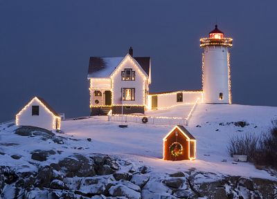 winter, snow, houses, Christmas, lighthouses, wreath, Christmas lights - related desktop wallpaper