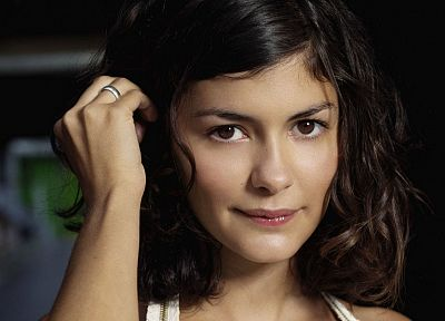 brunettes, women, brown eyes, Audrey Tautou, faces - desktop wallpaper