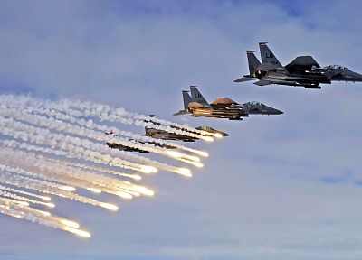 war, airplanes, flares, F-15 Eagle - desktop wallpaper