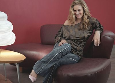 blondes, jeans, couch, actress, Alicia Silverstone, smiling, sitting - related desktop wallpaper