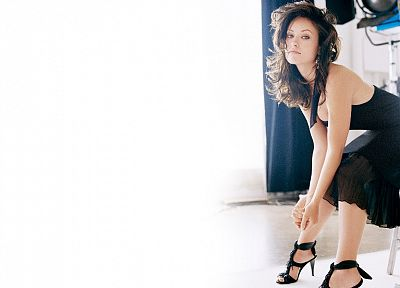 women, models, Olivia Wilde, high heels, black dress - desktop wallpaper