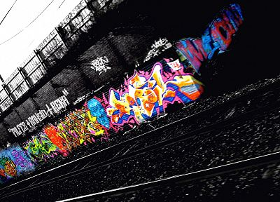 street art, selective coloring - random desktop wallpaper