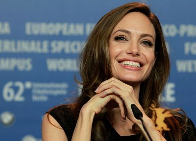women, actress, Angelina Jolie, MILF, faces - related desktop wallpaper