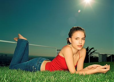 women, jeans, actress, grass, Natalie Portman - desktop wallpaper