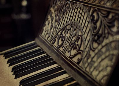 piano, vintage - random desktop wallpaper