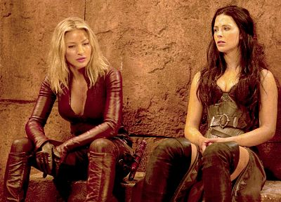Bridget Regan, Legend Of The Seeker, Tabrett Bethell, Cara Mason, Kahlan Amnell - random desktop wallpaper