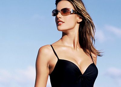 Alessandra Ambrosio, sunglasses, black dress - random desktop wallpaper