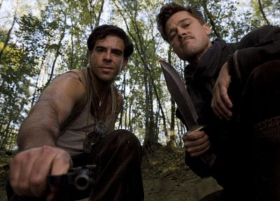 men, Brad Pitt, knives, actors, Eli Roth, Inglorious Basterds - random desktop wallpaper