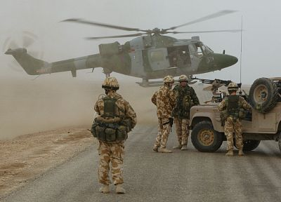 soldiers, army, helicopters, vehicles, Land Rover SNATCH2 - desktop wallpaper