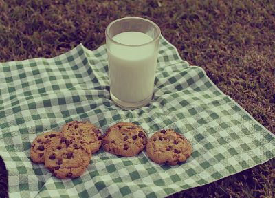 milk, cookies - random desktop wallpaper