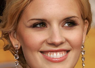 Maggie Grace, earrings - related desktop wallpaper