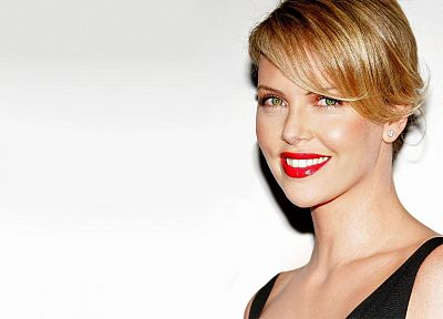 blondes, women, actress, lips, Charlize Theron, green eyes, smiling, white background - desktop wallpaper