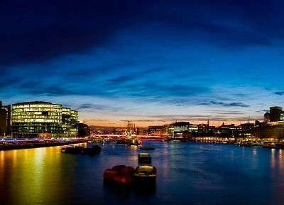 London, River Thames - random desktop wallpaper