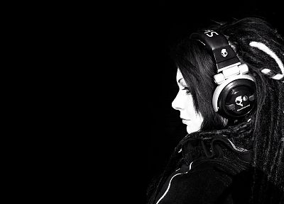 headphones, Skullcandy, grayscale, dreads, monochrome, black background - related desktop wallpaper