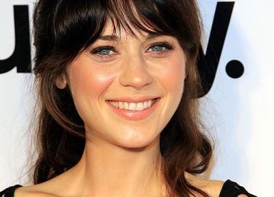 brunettes, women, blue eyes, lips, Zooey Deschanel, smiling, faces - related desktop wallpaper