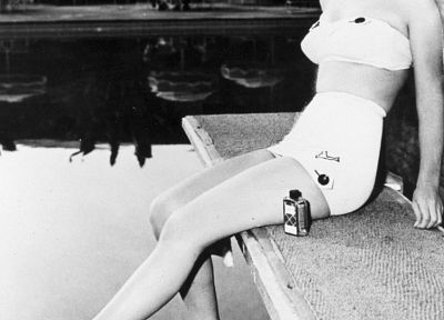 Marilyn Monroe, grayscale, swimming pools, diving board - random desktop wallpaper