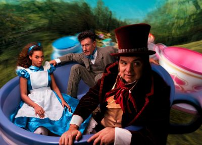 Alice in Wonderland, Mad Hatter, Beyonce Knowles, Annie Leibovitz - related desktop wallpaper
